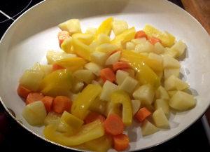 Ananászos csirke egytál készítése1