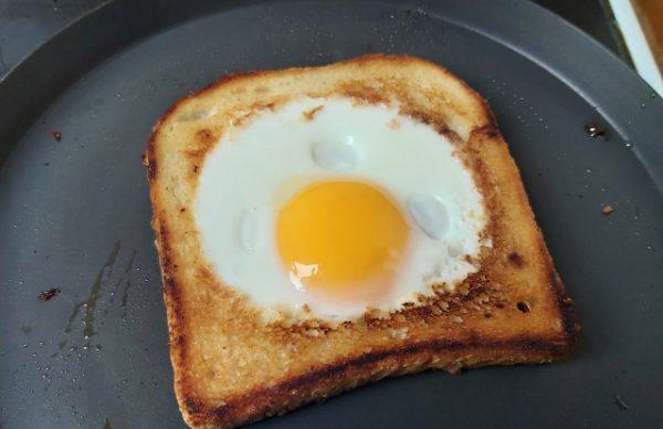 tojásos pirítós