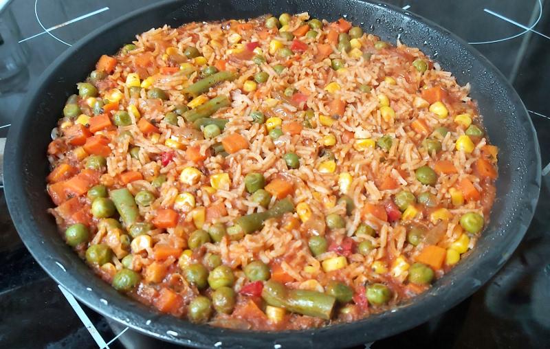 paradicsomos mexikói rizs serpenyőben