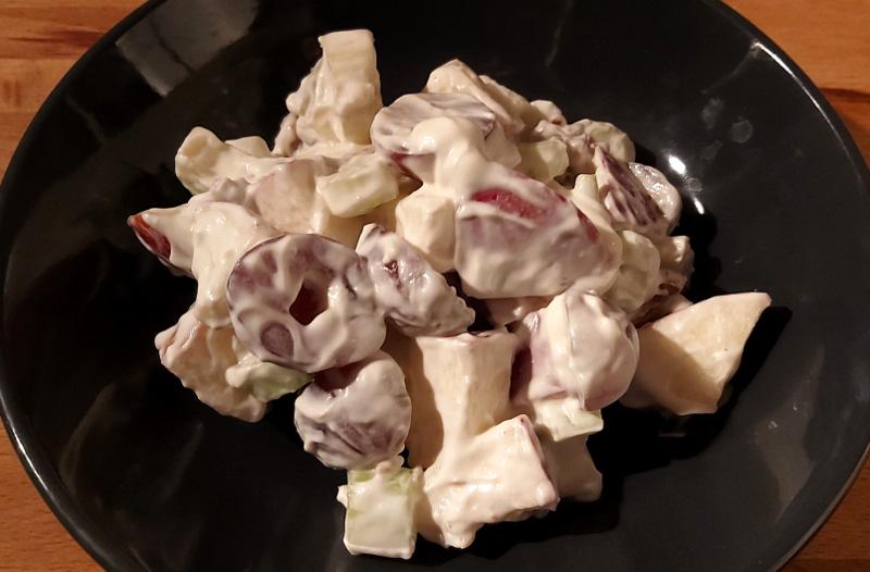 klasszikus waldorf saláta