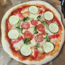 házi vega pizza, zöldséges pizza